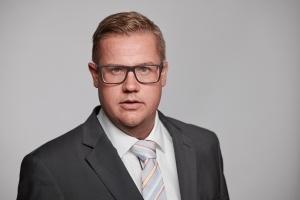 Daniel Schönecker
