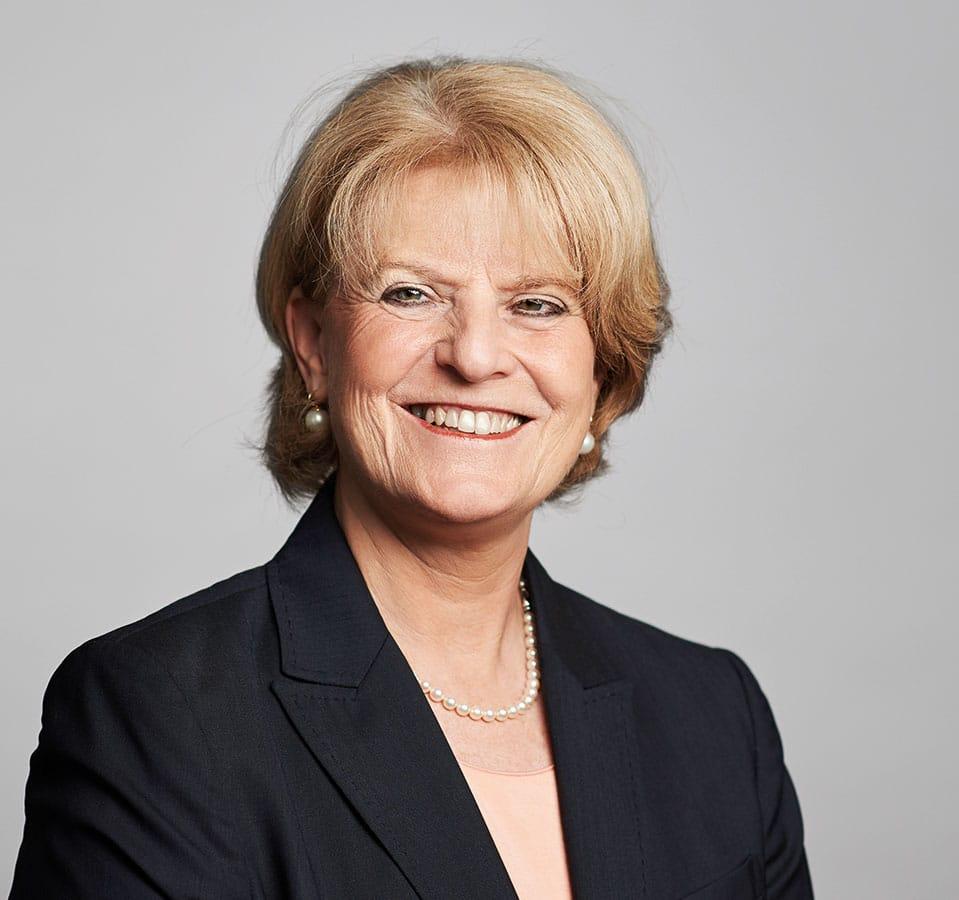 EL-NET GROUP. Barbara Loth. Expertin für Frauen in Führungspositionen und Personalbeschaffung