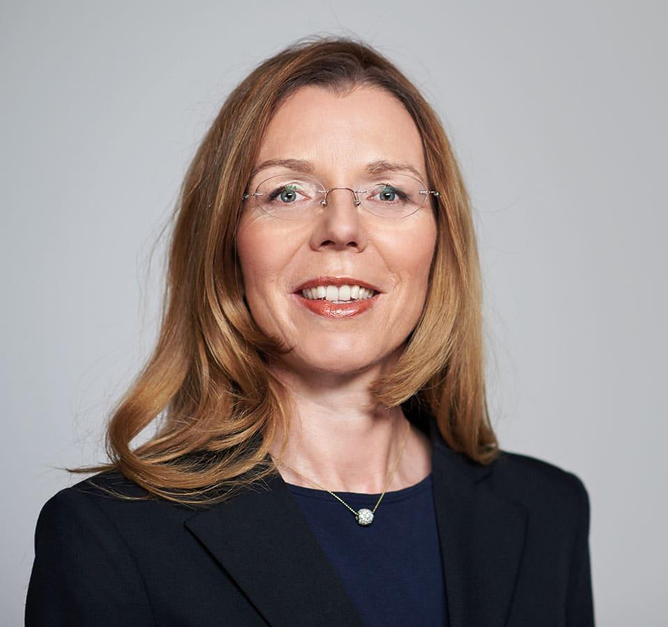 EL-NET GROUP. Margit Bauer. Expertin für Karrierecoaching für Führungskräfte und Talent Management