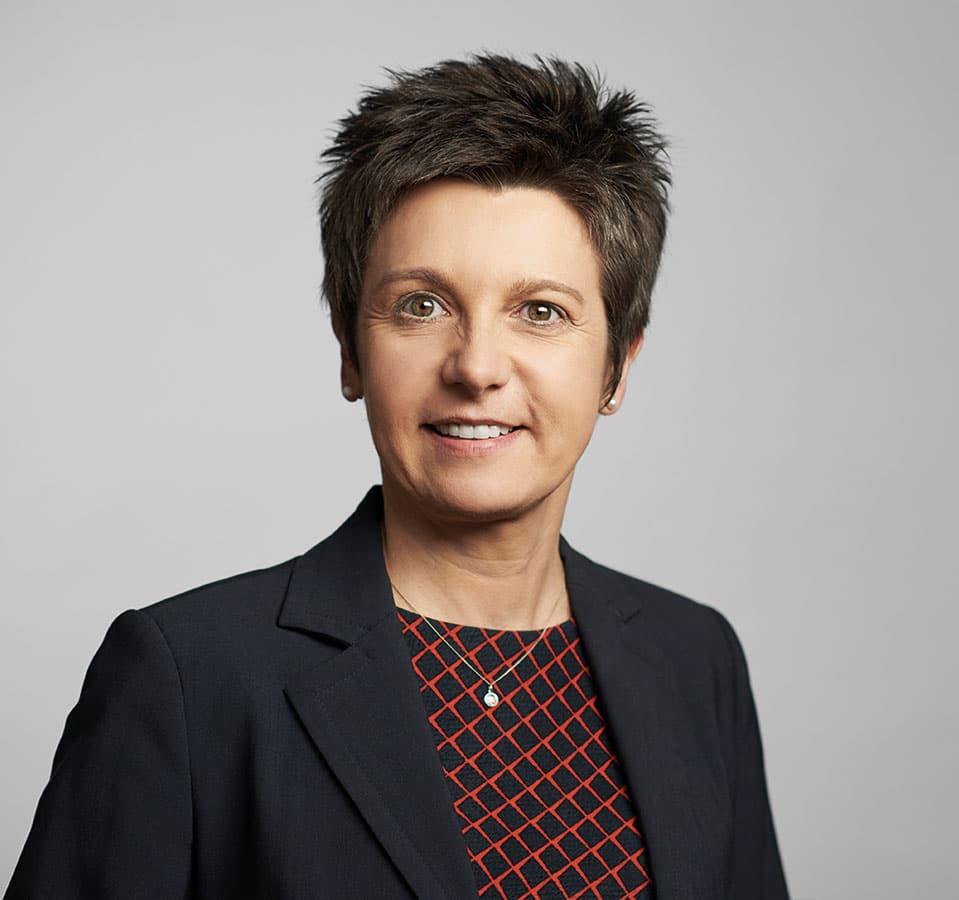 EL-NET GROUP. Martina Szautner. Expertin für HR Management und Placement