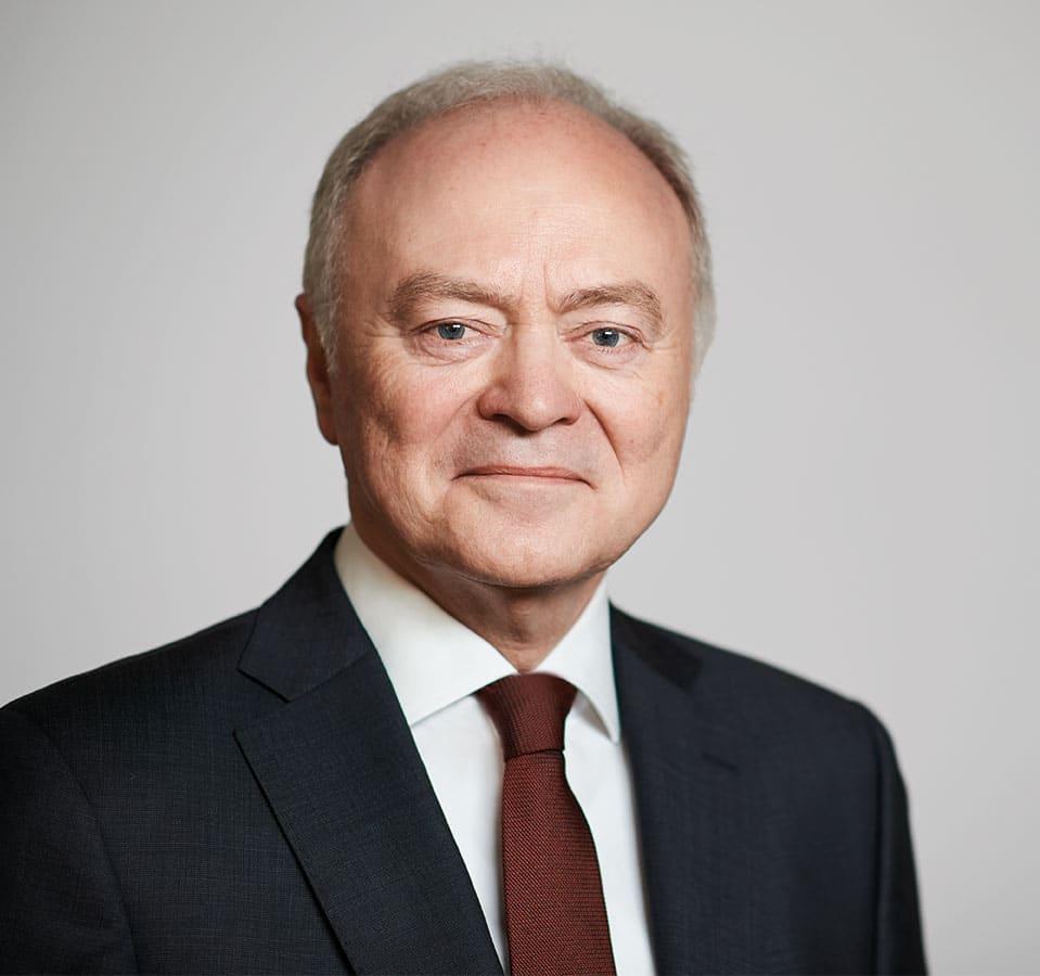 EL-NET GROUP. Wolfgang Pachali. Experte für Change Management und HR Management